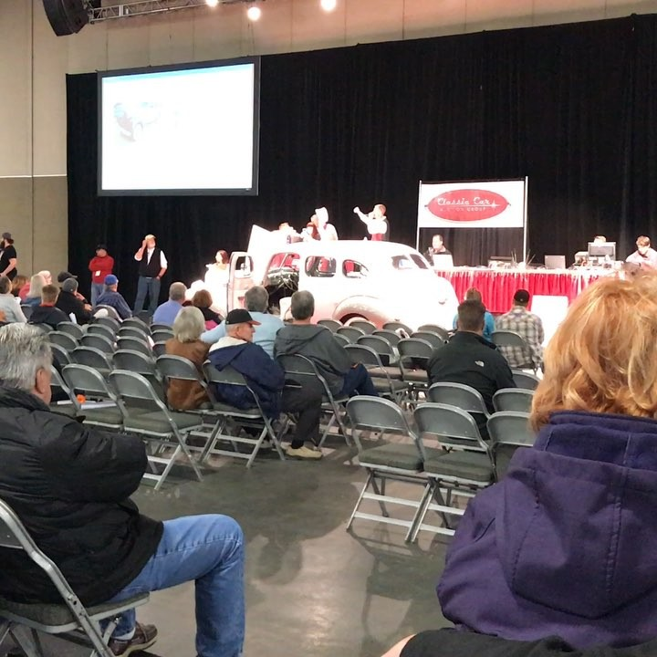Having fun at the classic car auction